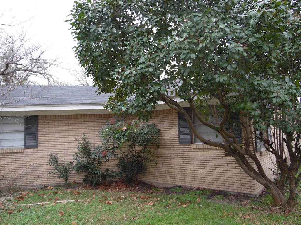 1007 Royal Drive, Kaufman, Texas 75142 - acquisto real estate best prosper realtor susan cancemi windfarms realtor