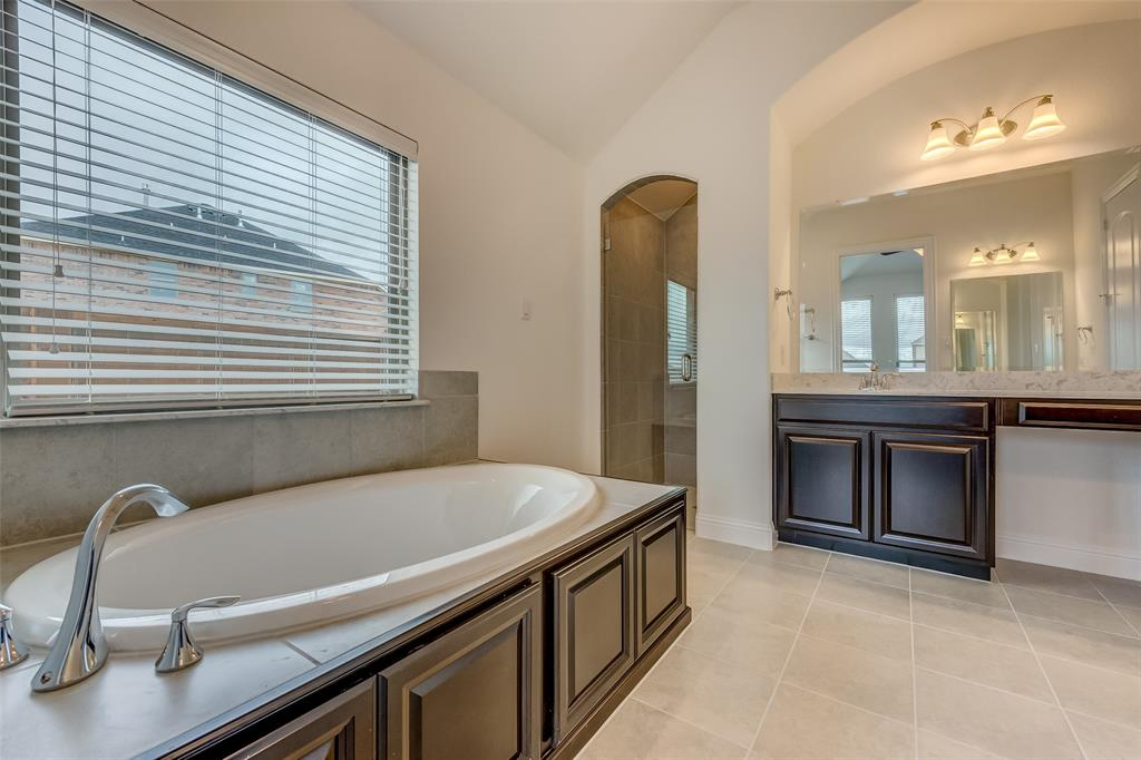 11359 Misty Ridge Drive, Flower Mound, Texas 76262 - acquisto real estate best designer and realtor hannah ewing kind realtor