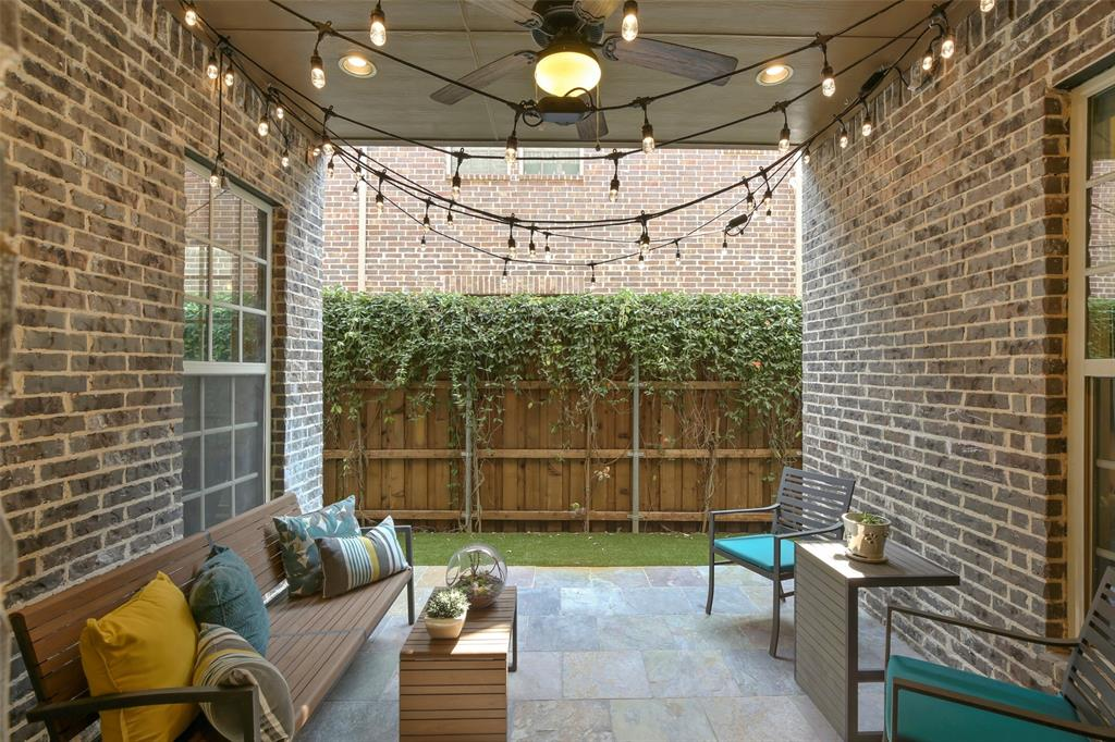 1054 Shadyside Lane, Dallas, Texas 75223 - acquisto real estate mvp award real estate logan lawrence