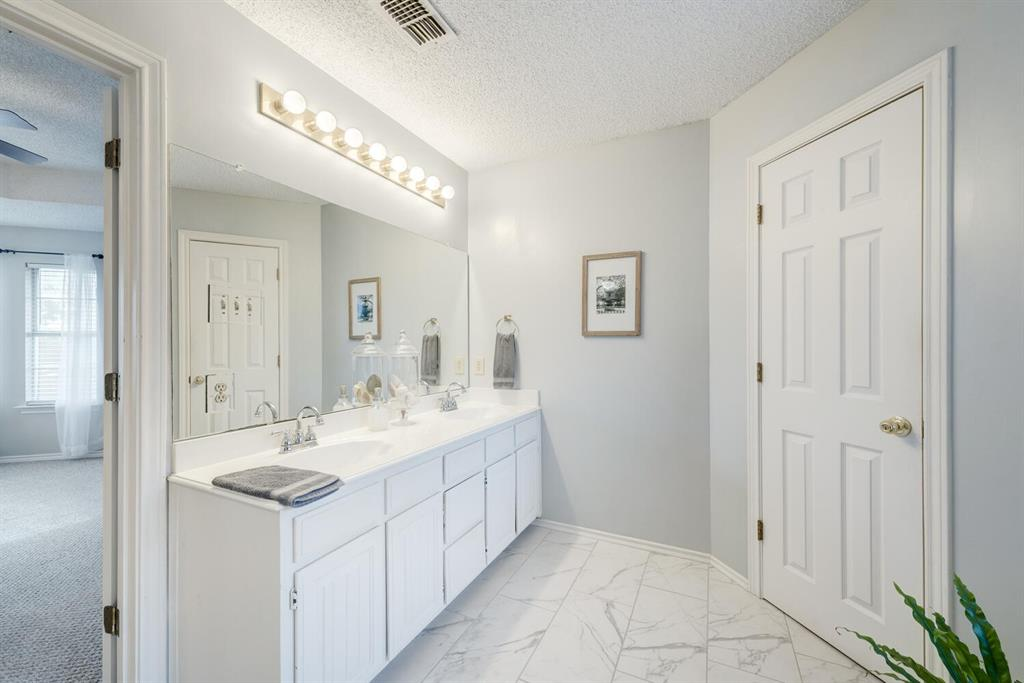 6737 Moss Lane, North Richland Hills, Texas 76182 - acquisto real estate best photos for luxury listings amy gasperini quick sale real estate