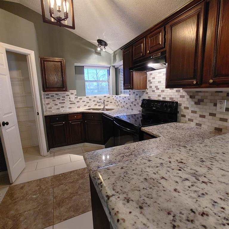 1424 Savannah Street, Mesquite, Texas 75149 - acquisto real estate best luxury buyers agent in texas shana acquisto inheritance realtor