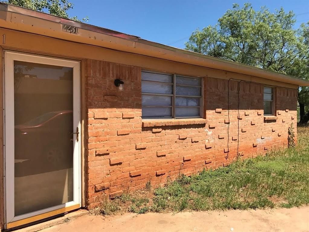 2231 Lowden Abilene, Texas 79603 - Acquisto Real Estate best plano realtor mike Shepherd home owners association expert