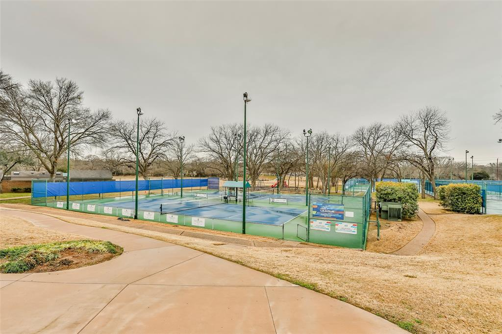 7510 Courtside Drive, Garland, Texas 75044 - acquisto real estate best realtor dfw jody daley liberty high school realtor
