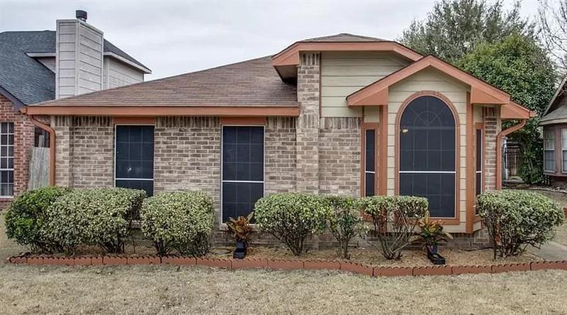 1424 Savannah Street, Mesquite, Texas 75149 - Acquisto Real Estate best plano realtor mike Shepherd home owners association expert