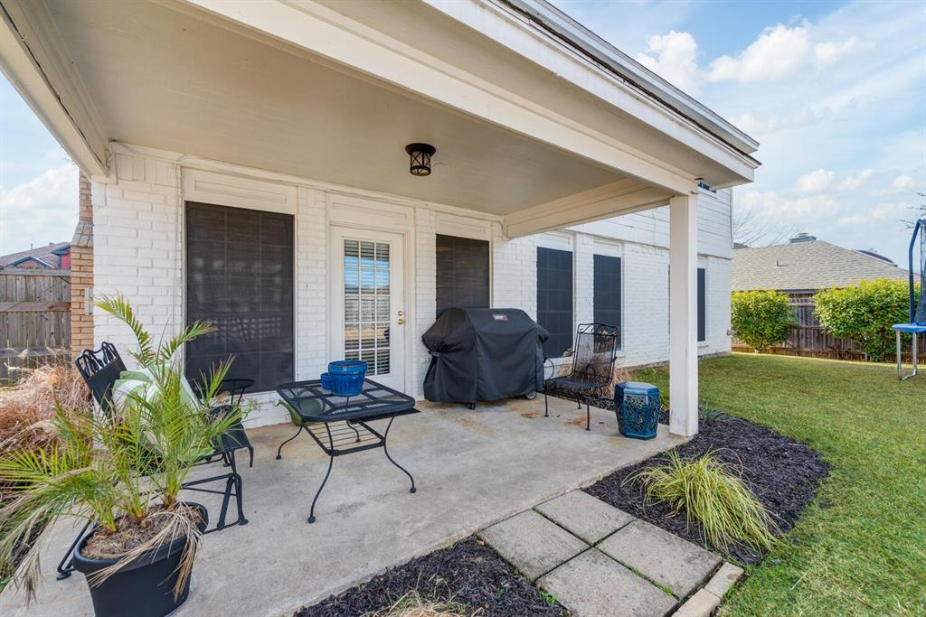 6737 Moss Lane, North Richland Hills, Texas 76182 - acquisto real estate best realtor westlake susan cancemi kind realtor of the year