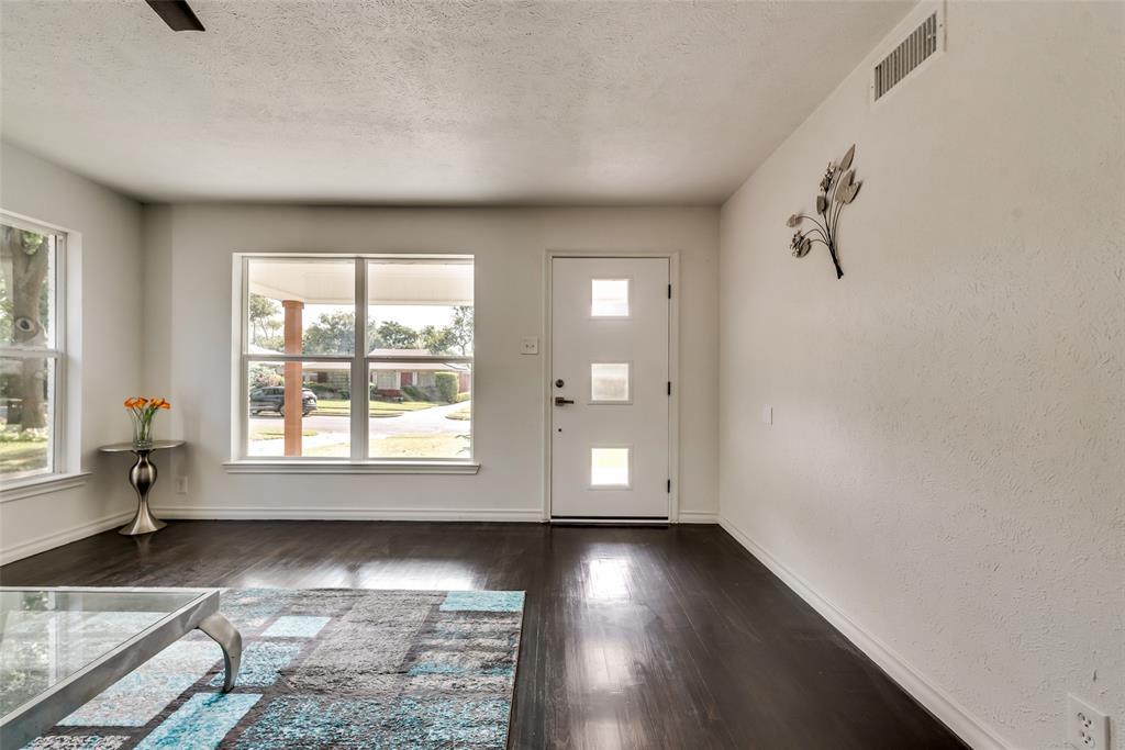 3415 Monte Carlo Street, Dallas, Texas 75224 - acquisto real estate best designer and realtor hannah ewing kind realtor