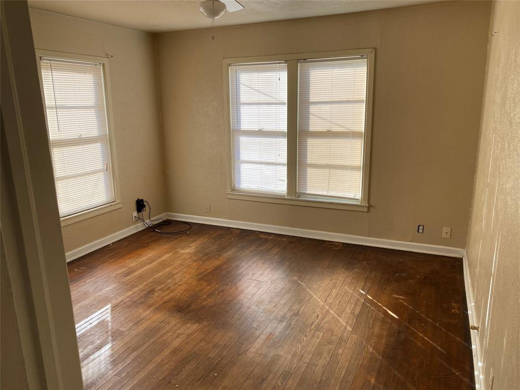 400 Congress  Street, Denton, Texas 76201 - acquisto real estate best real estate company in frisco texas real estate showings