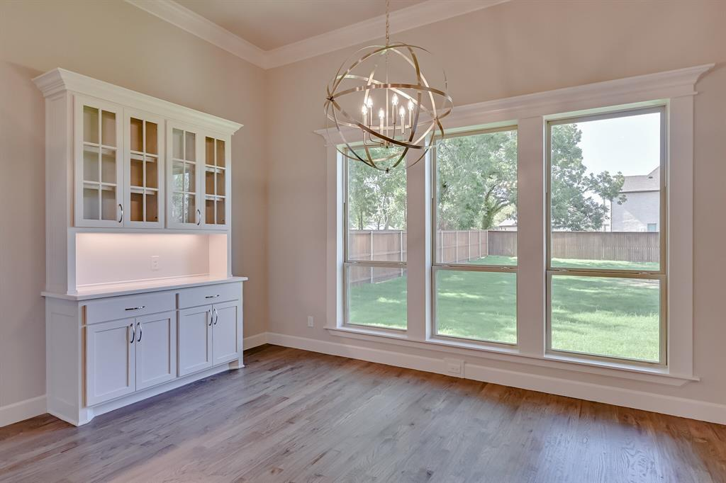 1708 Scarborough Drive, Arlington, Texas 76001 - acquisto real estate best looking realtor in america shana acquisto