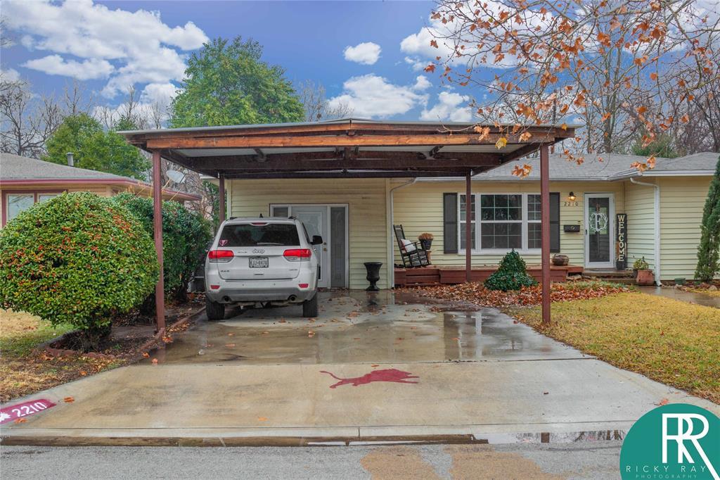 2210 Berkley Street, Brownwood, Texas 76801 - acquisto real estate best allen realtor kim miller hunters creek expert