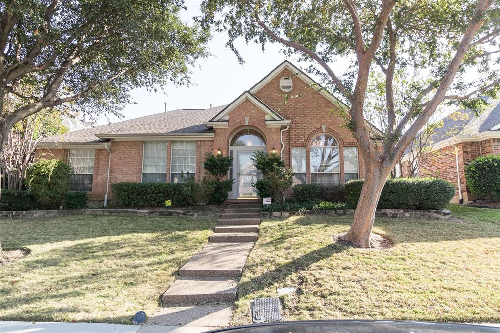 1404 Ranch Hill Drive, Irving, Texas 75063 - Acquisto Real Estate best plano realtor mike Shepherd home owners association expert