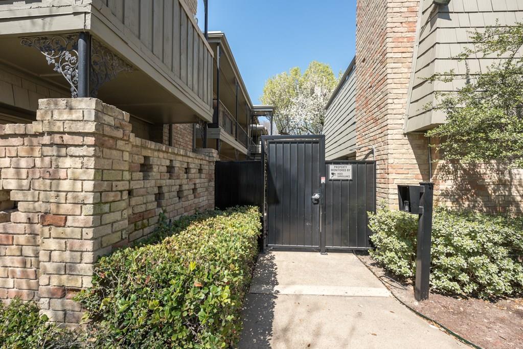 7705 Meadow Park Drive, Dallas, Texas 75230 - acquisto real estate best celina realtor logan lawrence best dressed realtor