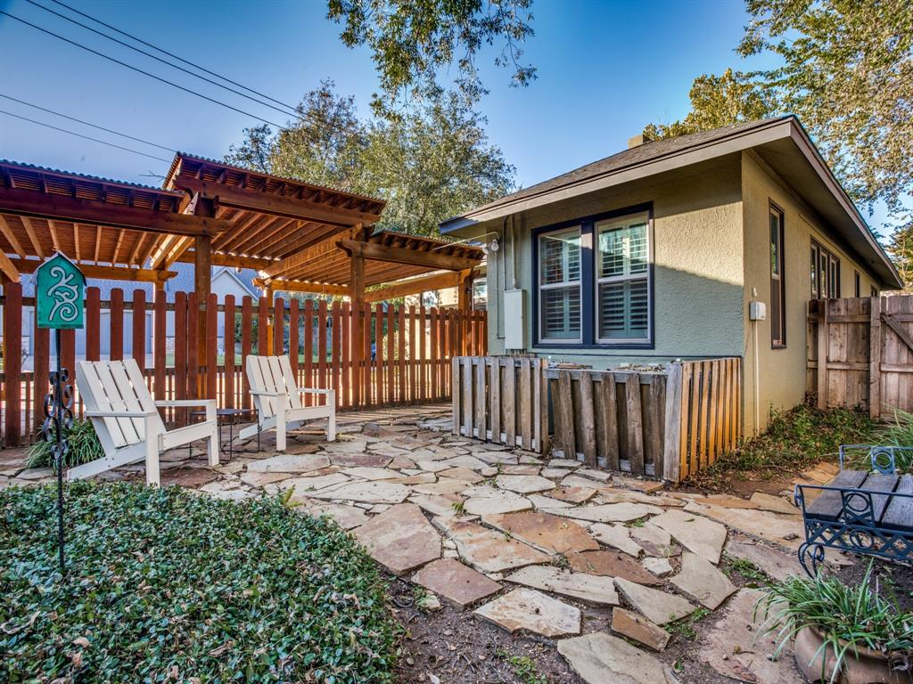 5337 Collinwood Avenue, Fort Worth, Texas 76107 - acquisto real estate mvp award real estate logan lawrence