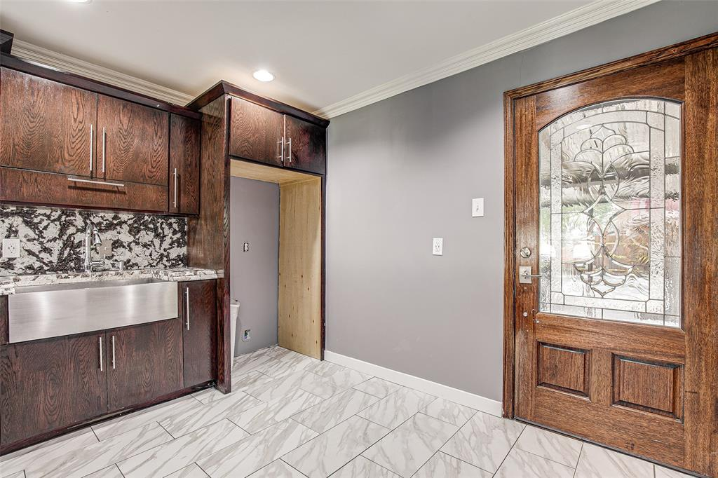 3126 Carlson Drive, Dallas, Texas 75235 - acquisto real estate best real estate company to work for