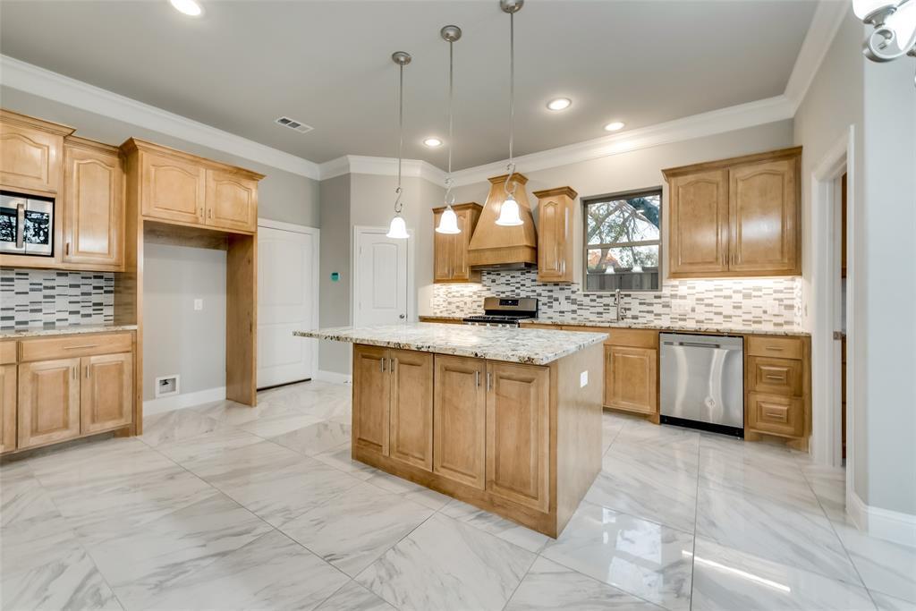 308 Wista Vista Drive, Richardson, Texas 75081 - acquisto real estate best highland park realtor amy gasperini fast real estate service