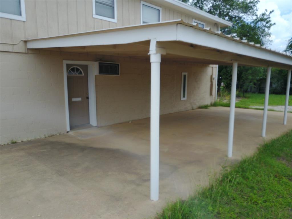 711 Walker  Street, Breckenridge, Texas 76424 - acquisto real estate best prosper realtor susan cancemi windfarms realtor