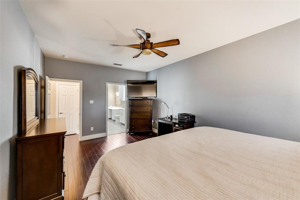 5568 Thunder Bay Drive, Fort Worth, Texas 76119 - acquisto real estate best designer and realtor hannah ewing kind realtor