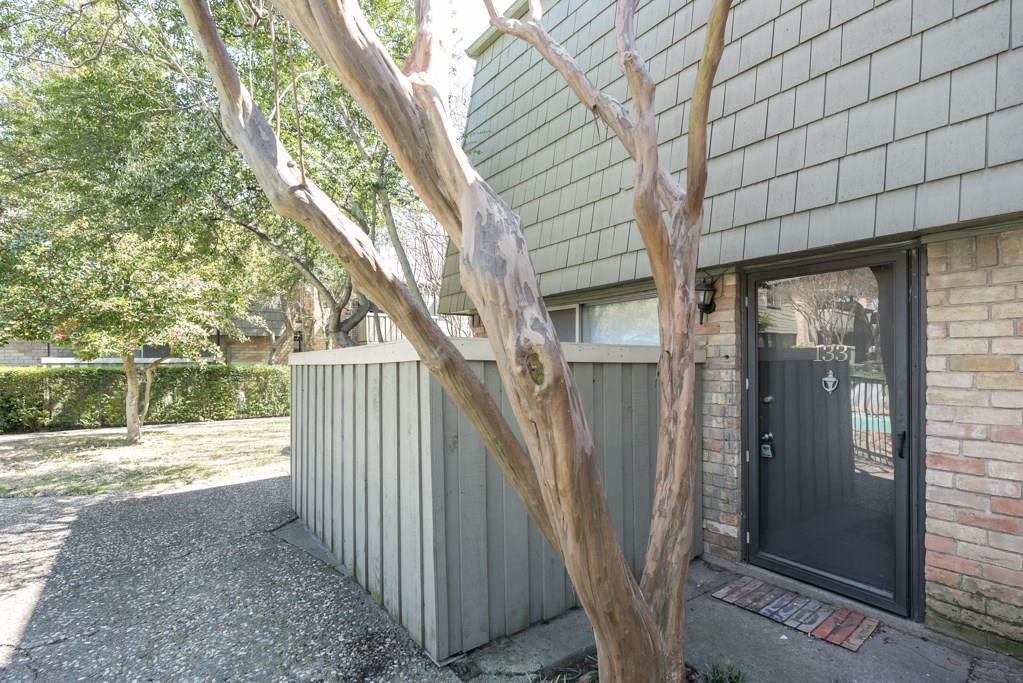 7705 Meadow Park Drive, Dallas, Texas 75230 - acquisto real estate best highland park realtor amy gasperini fast real estate service