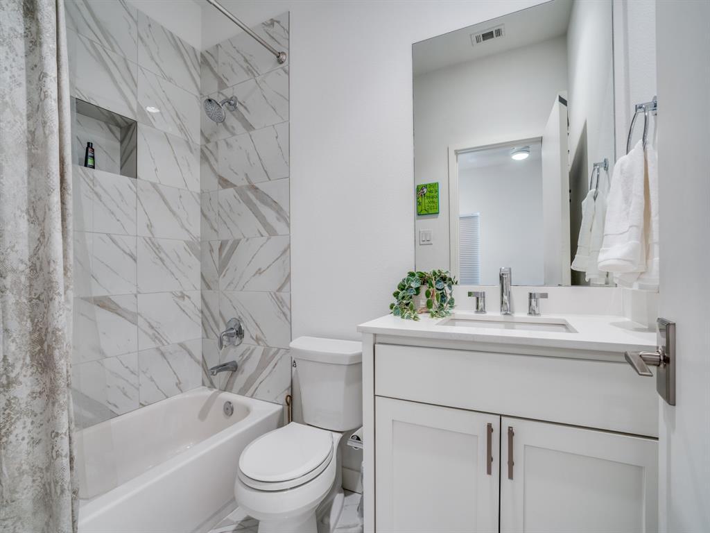 2115 Bennett Avenue, Dallas, Texas 75206 - acquisto real estate best photo company frisco 3d listings