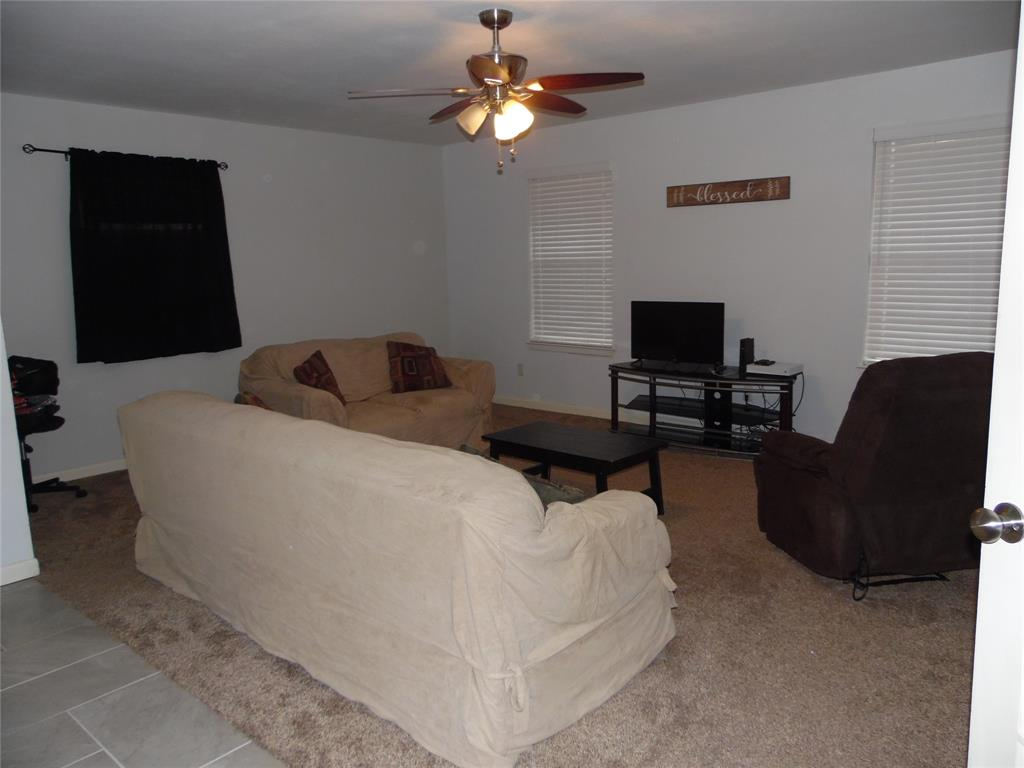 1007 Royal Drive, Kaufman, Texas 75142 - acquisto real estate best park cities realtor kim miller best staging agent