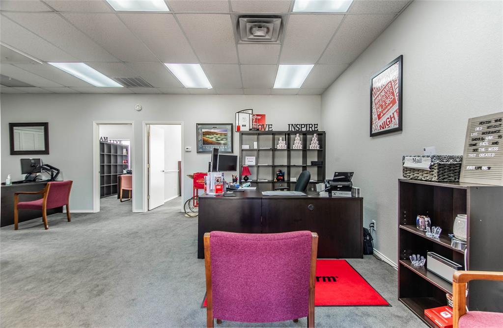 2305 Roosevelt Drive, Dalworthington Gardens, Texas 76016 - acquisto real estate best celina realtor logan lawrence best dressed realtor