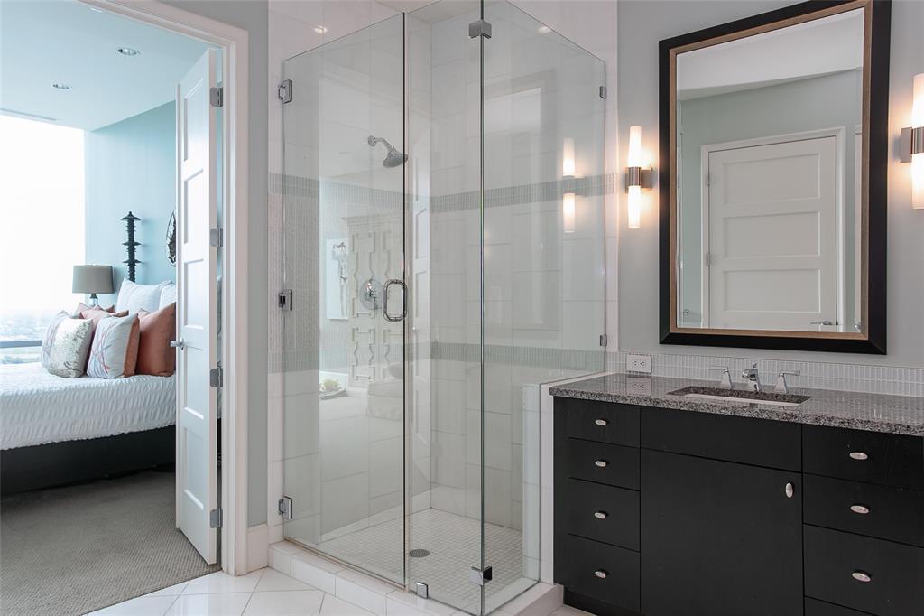 1301 Throckmorton  Street, Fort Worth, Texas 76102 - acquisto real estate best designer and realtor hannah ewing kind realtor