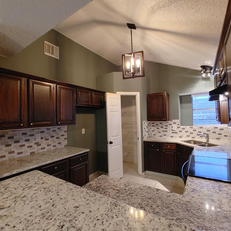 1424 Savannah Street, Mesquite, Texas 75149 - acquisto real estate best listing listing agent in texas shana acquisto rich person realtor