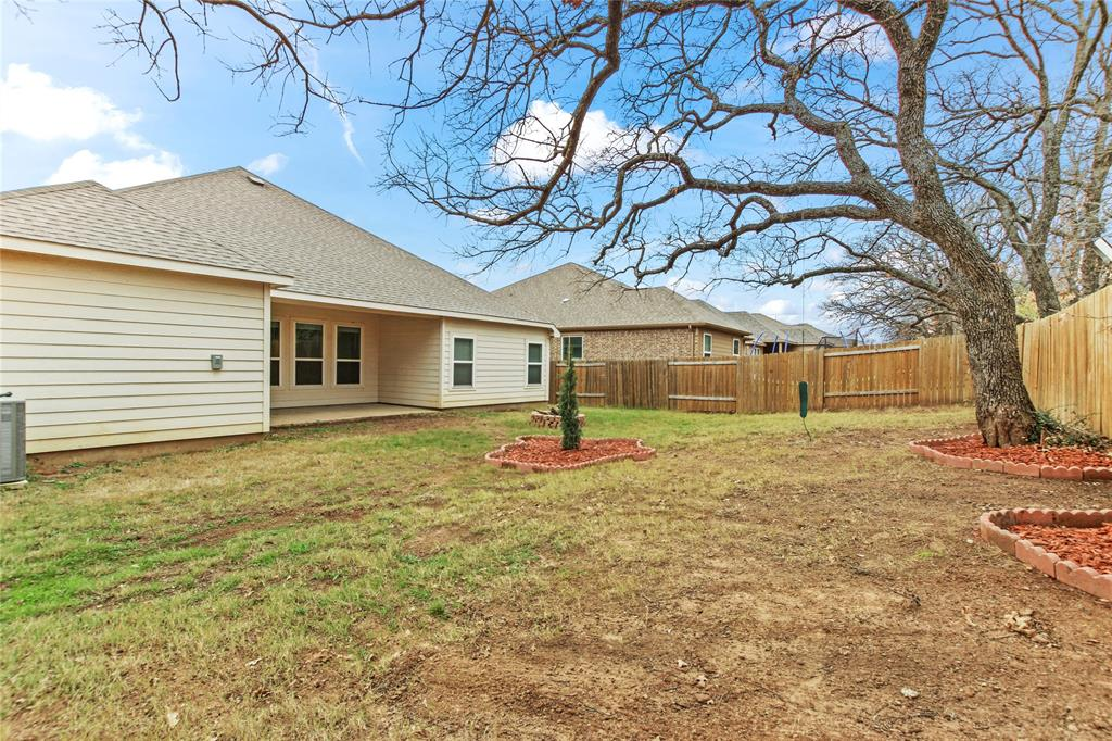 2425 Summer Trail Drive, Denton, Texas 76209 - acquisto real estate best negotiating realtor linda miller declutter realtor