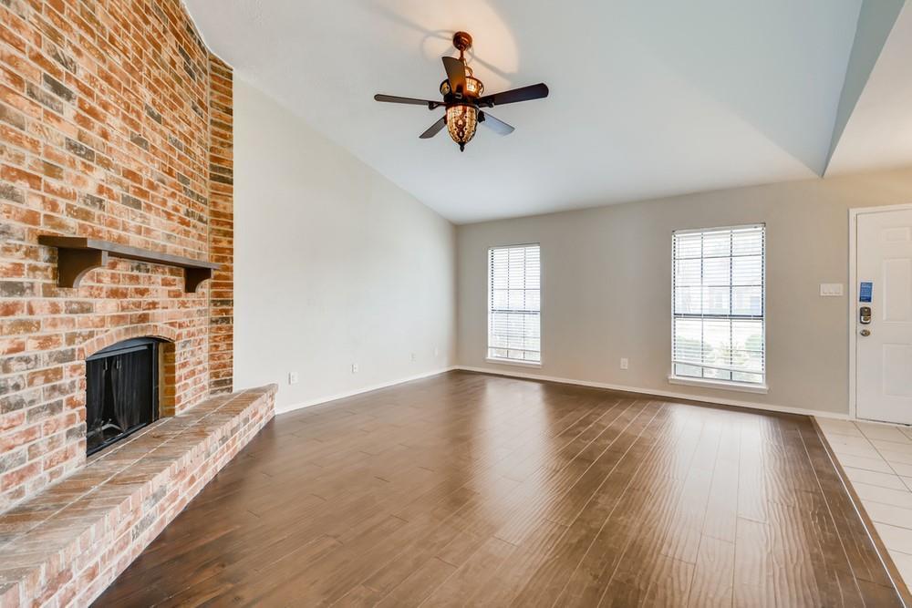 121 Kingsbridge Drive, Garland, Texas 75040 - acquisto real estate best celina realtor logan lawrence best dressed realtor