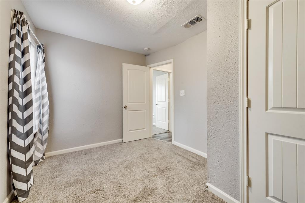 5513 Ramey Avenue, Fort Worth, Texas 76112 - acquisto real estate best style realtor kim miller best real estate reviews dfw