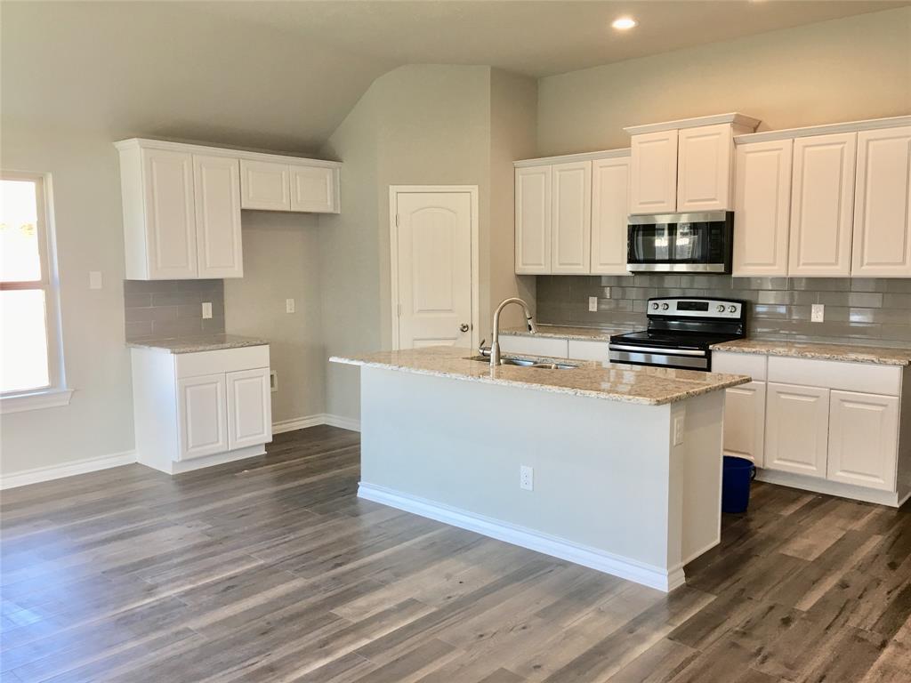 917 Linden Drive, Burleson, Texas 76028 - acquisto real estate best allen realtor kim miller hunters creek expert