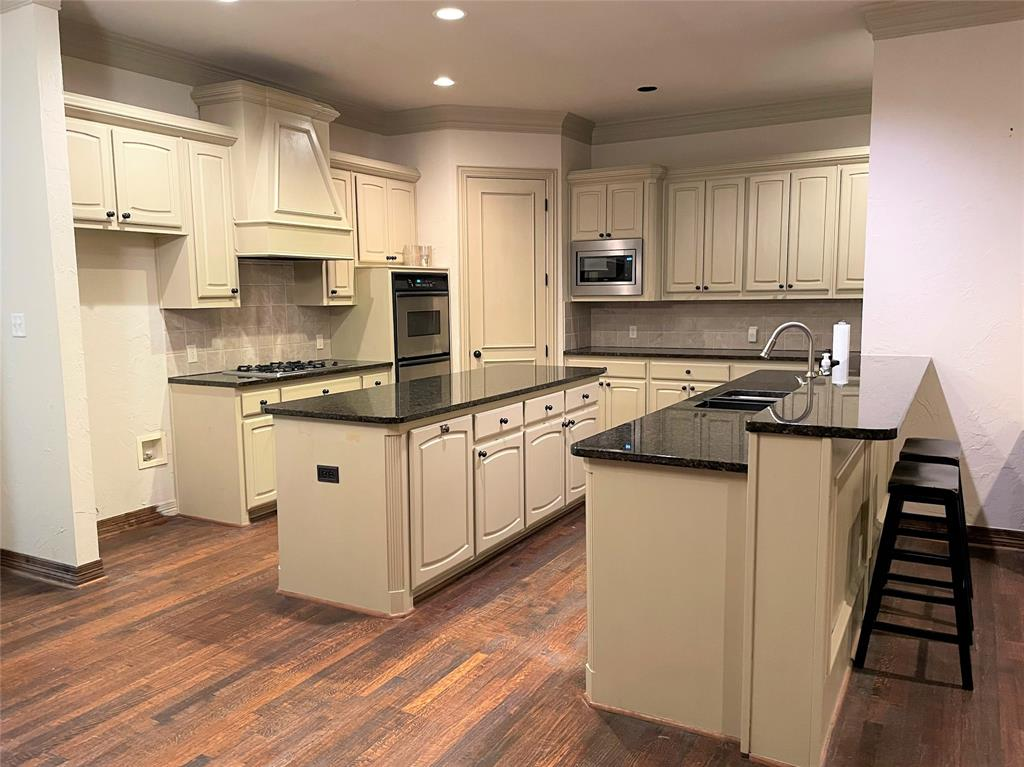 7003 Oxford Court, McKinney, Texas 75072 - acquisto real estate best new home sales realtor linda miller executor real estate