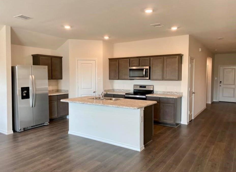 1105 Basswood Lane, Royse City, Texas 75189 - acquisto real estate best prosper realtor susan cancemi windfarms realtor