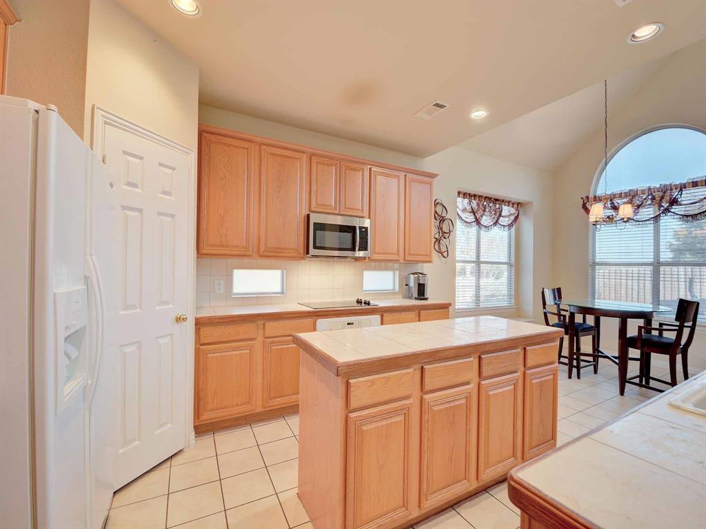 616 Daisy Drive, DeSoto, Texas 75115 - acquisto real estate best realtor dfw jody daley liberty high school realtor