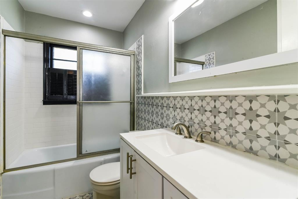 1508 Highland Avenue, Sherman, Texas 75092 - acquisto real estate best celina realtor logan lawrence best dressed realtor