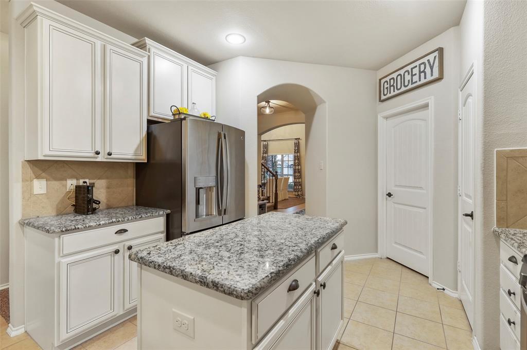 1429 Caruth Lane, Celina, Texas 75009 - acquisto real estate best celina realtor logan lawrence best dressed realtor