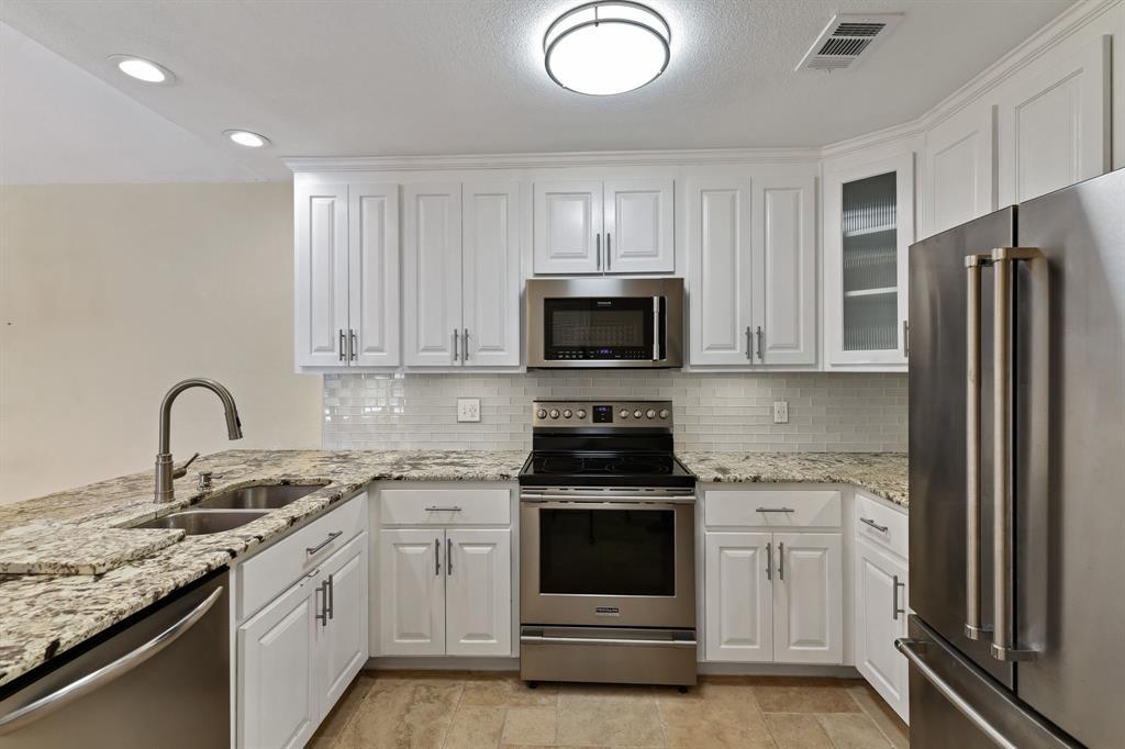 3101 Townbluff Drive, Plano, Texas 75075 - acquisto real estate best allen realtor kim miller hunters creek expert