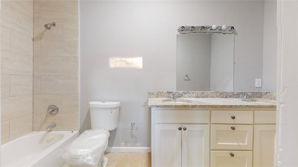 4835 Burnside Avenue, Dallas, Texas 75216 - acquisto real estate best new home sales realtor linda miller executor real estate