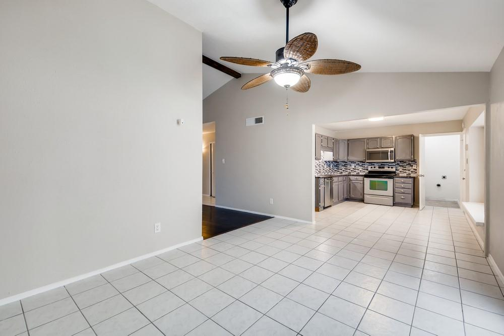 121 Kingsbridge Drive, Garland, Texas 75040 - acquisto real estate best real estate company to work for