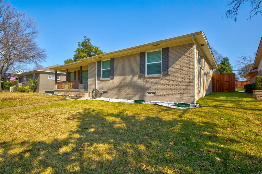 11916 Brookmeadow Lane, Dallas, Texas 75218 - acquisto real estate best allen realtor kim miller hunters creek expert