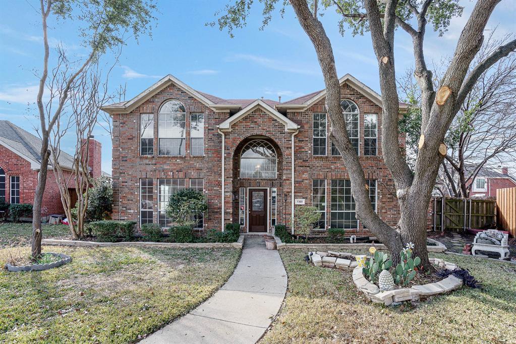 7301 Cedarbrook  Road, Rowlett, Texas 75089 - Acquisto Real Estate best plano realtor mike Shepherd home owners association expert