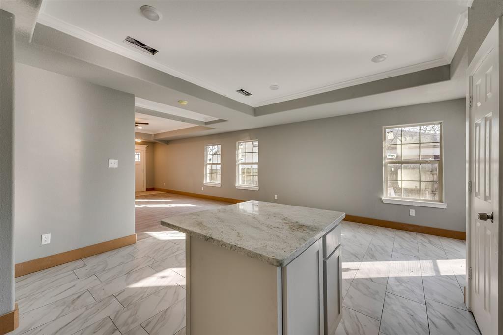 1619 Laura Road, River Oaks, Texas 76114 - acquisto real estate best highland park realtor amy gasperini fast real estate service