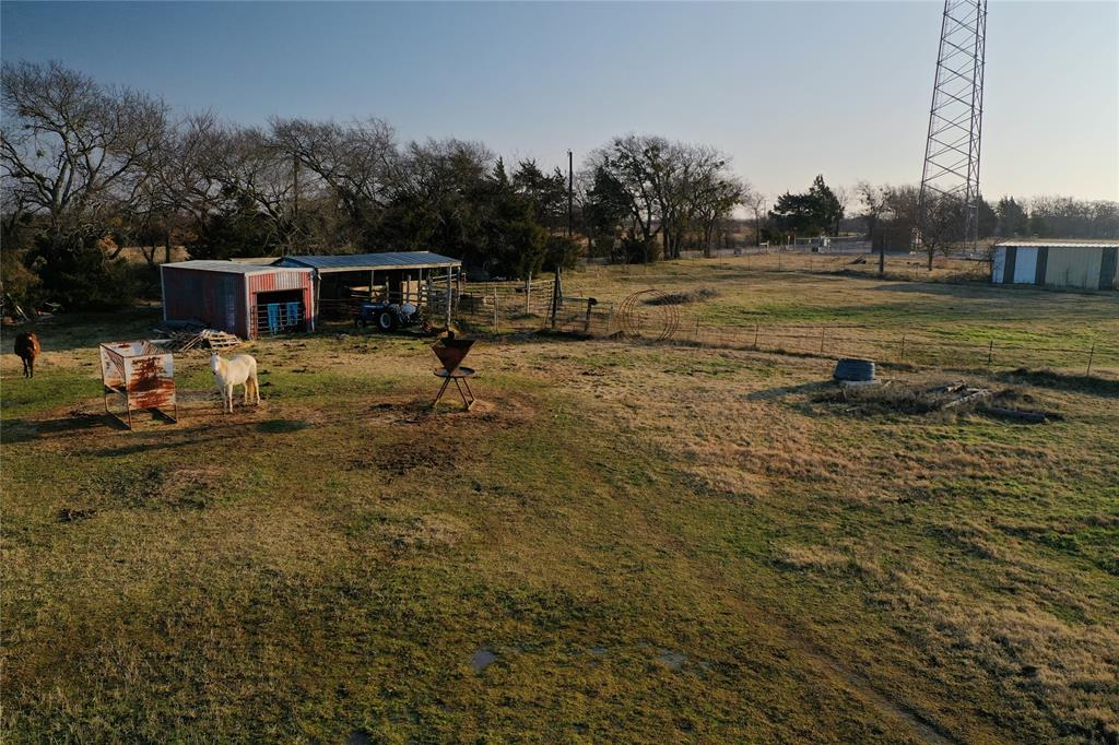 1658 Flowing Wells  Road, Pottsboro, Texas 75076 - acquisto real estate mvp award real estate logan lawrence
