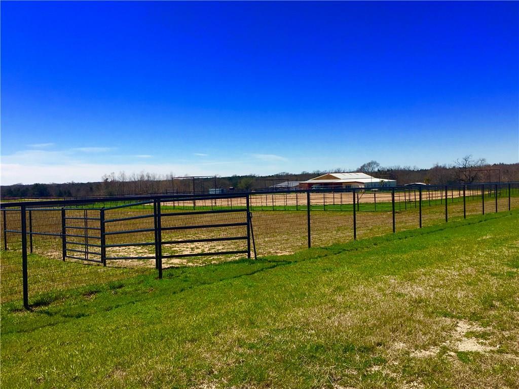 1417 Heritage  Road, Whitesboro, Texas 76273 - acquisto real estate best designer and realtor hannah ewing kind realtor