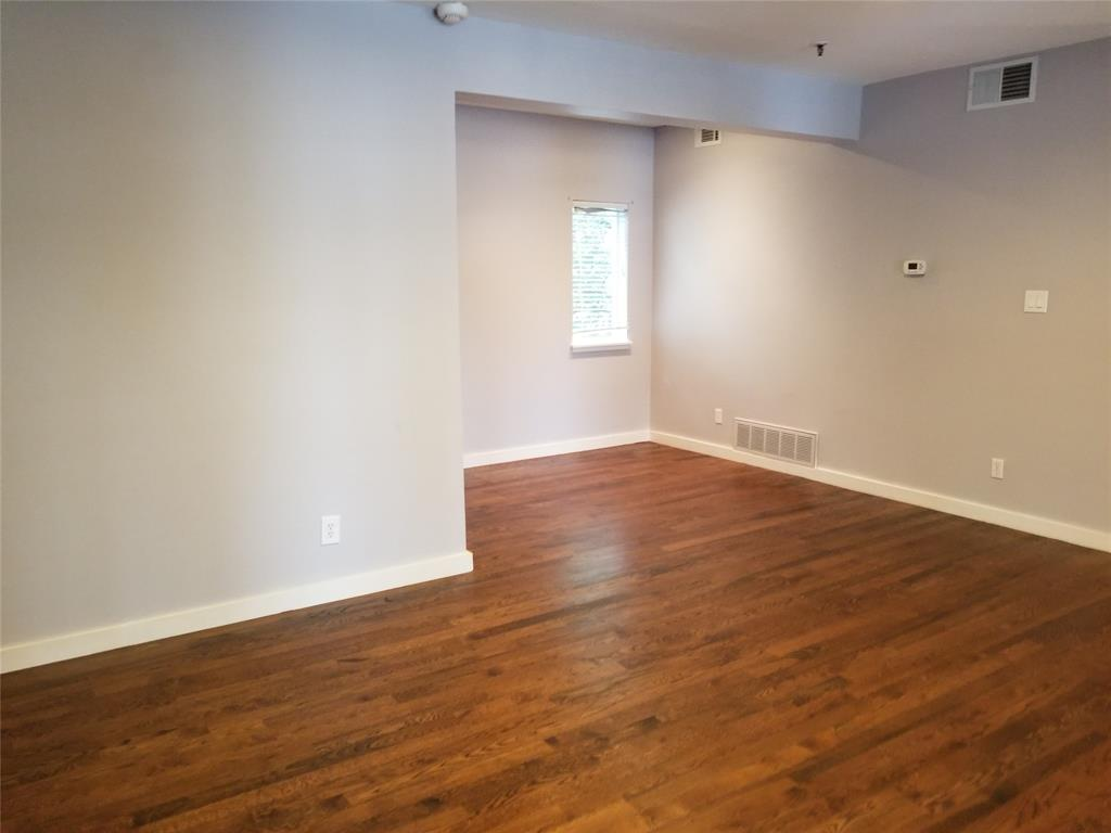 3906 Buena Vista Street, Dallas, Texas 75204 - acquisto real estate agent of the year mike shepherd