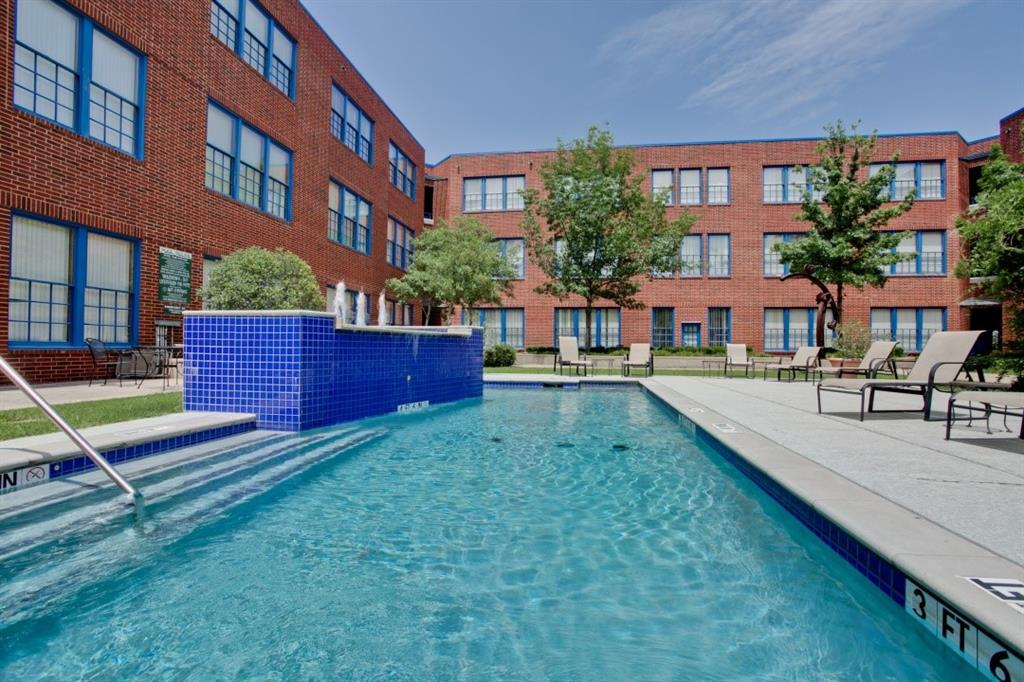 2502 Live Oak Street, Dallas, Texas 75204 - acquisto real estate best frisco real estate agent amy gasperini panther creek realtor