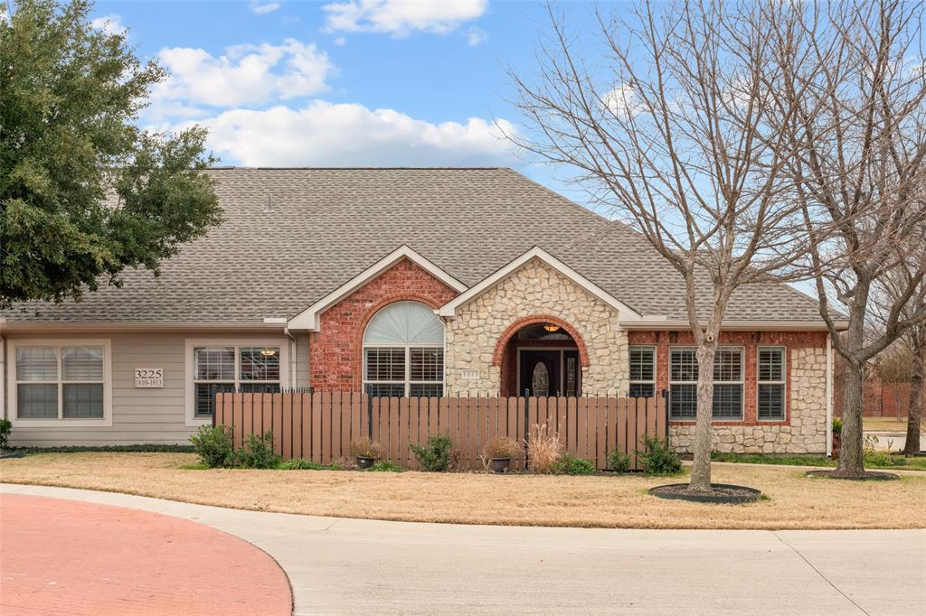 3225 Rosemeade Drive, Fort Worth, Texas 76116 - acquisto real estate best realtor foreclosure real estate mike shepeherd walnut grove realtor