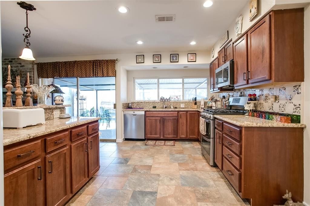 13115 Kerr Trail, Farmers Branch, Texas 75244 - acquisto real estate best highland park realtor amy gasperini fast real estate service