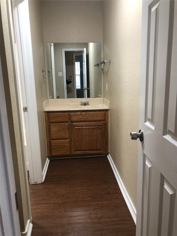 322 Wayne Street, Fort Worth, Texas 76111 - acquisto real estate best highland park realtor amy gasperini fast real estate service
