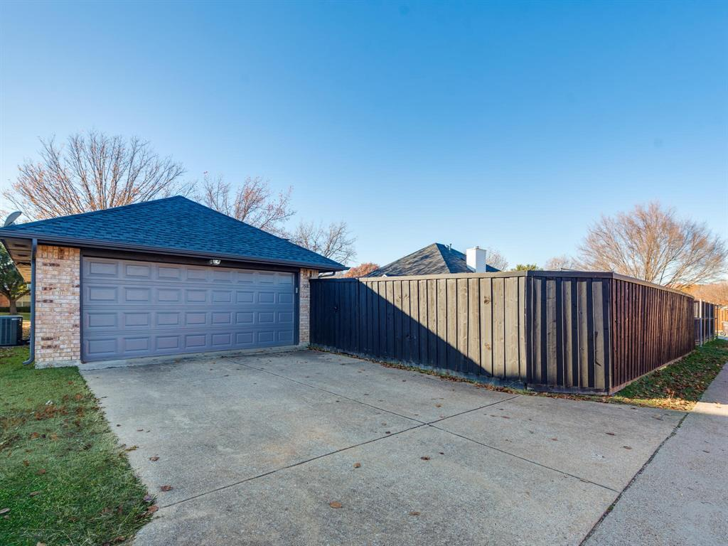 1516 Valencia Drive, Plano, Texas 75074 - acquisto real estate agent of the year mike shepherd