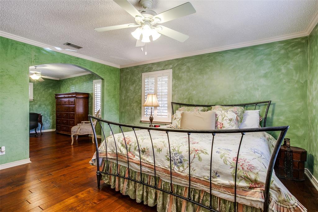 6840 Whitehill Street, Dallas, Texas 75231 - acquisto real estate best style realtor kim miller best real estate reviews dfw